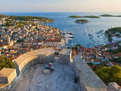 hvar-cruise-port-croatia