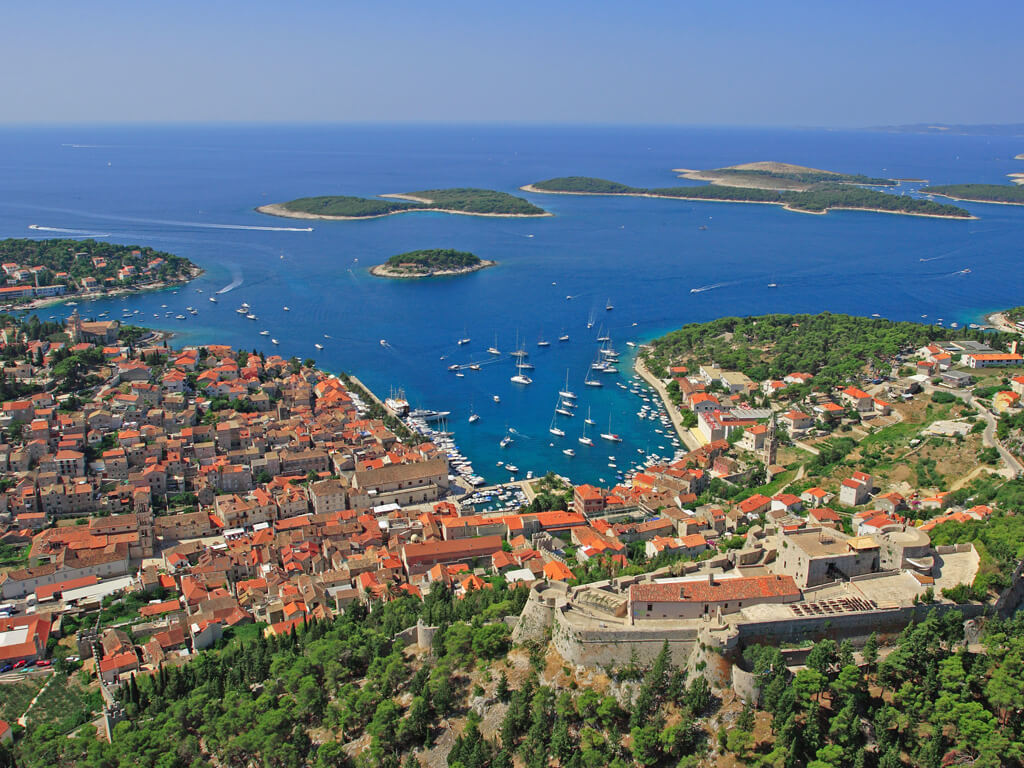 hvar island cruise port croatia