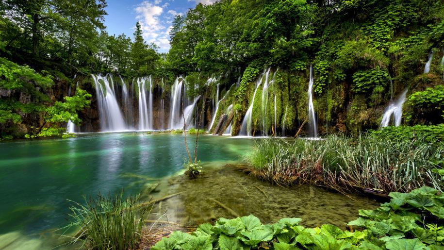 plitvice lake national park cruise croatia