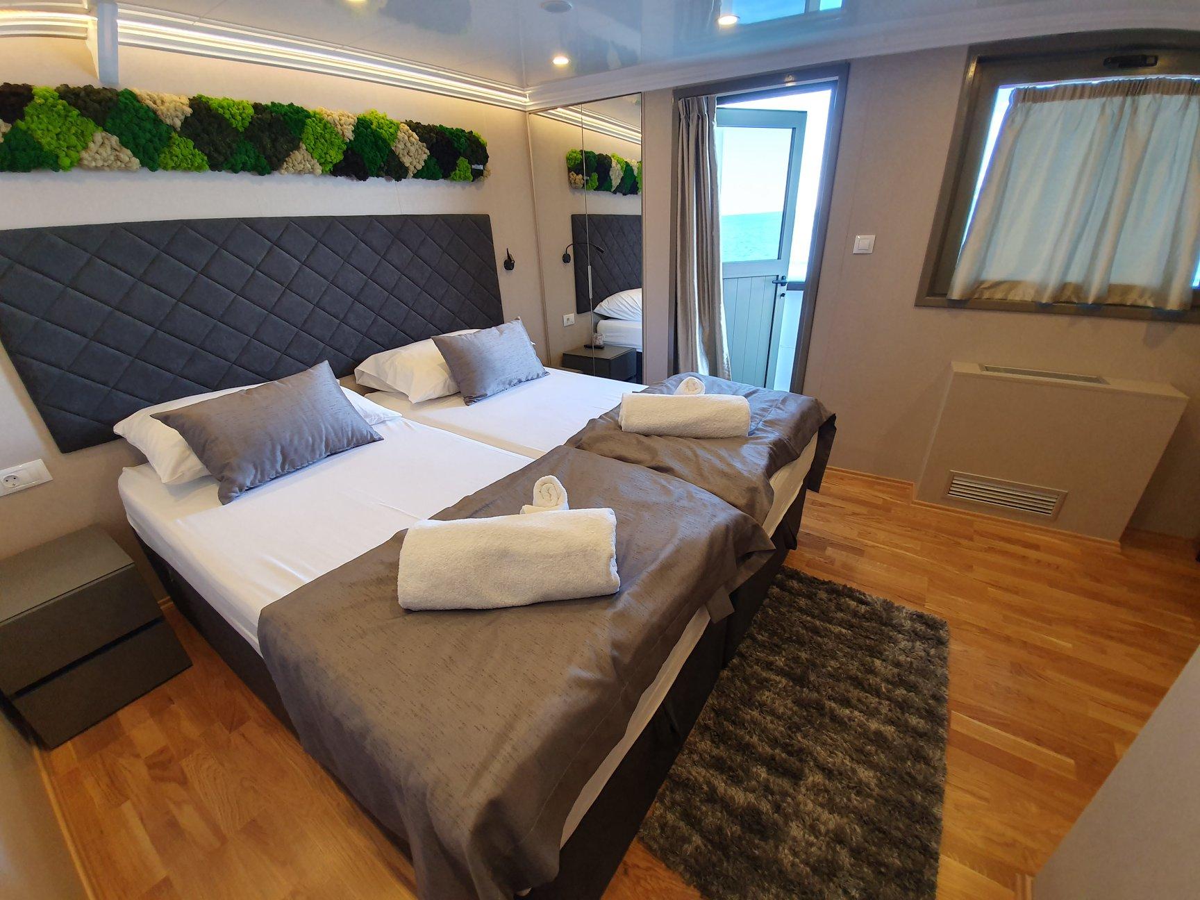 Antaris Ship Croatia Cruise