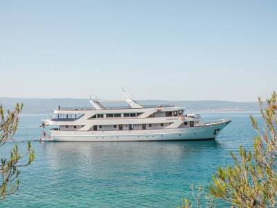 Embrace Dalmatia Cruise from Split to Split on Captain Bota