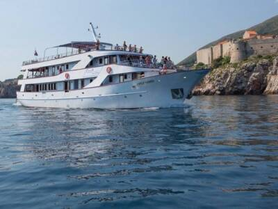 One Way Cruise from Dubrovnik to Split on Splendid
