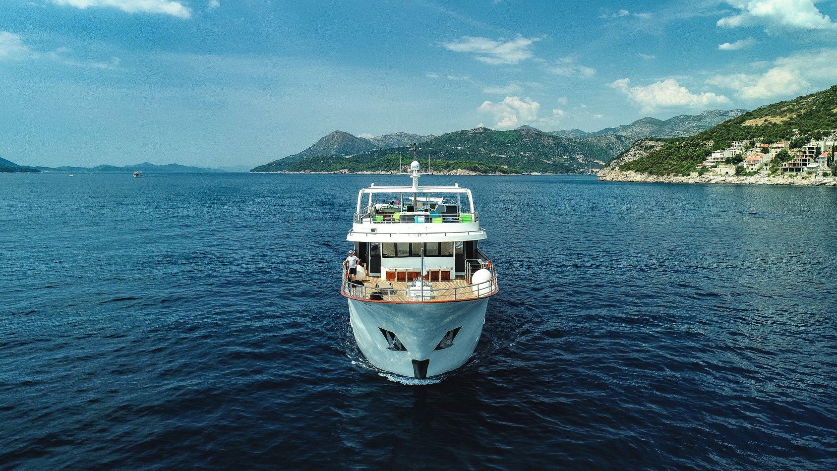 Dubrovnik to Split on Summer 1