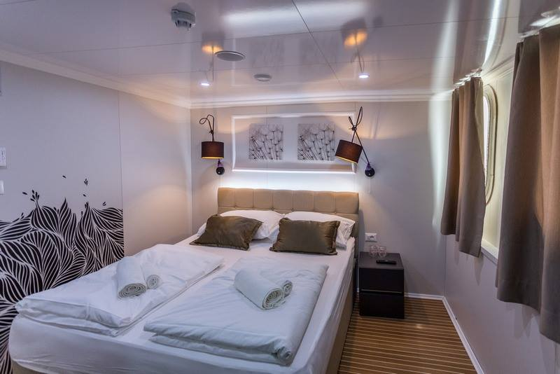 Supreme Split Return Cruise on Arca 14