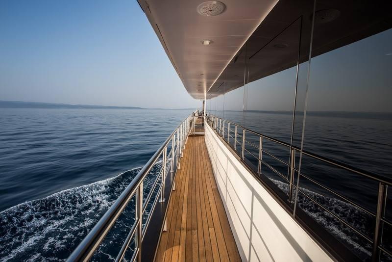Supreme Split Return Cruise on Arca 4