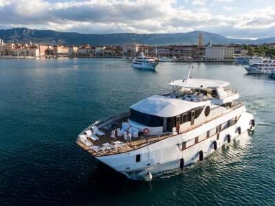 Supreme Split return cruise on Adriatic Queen 14