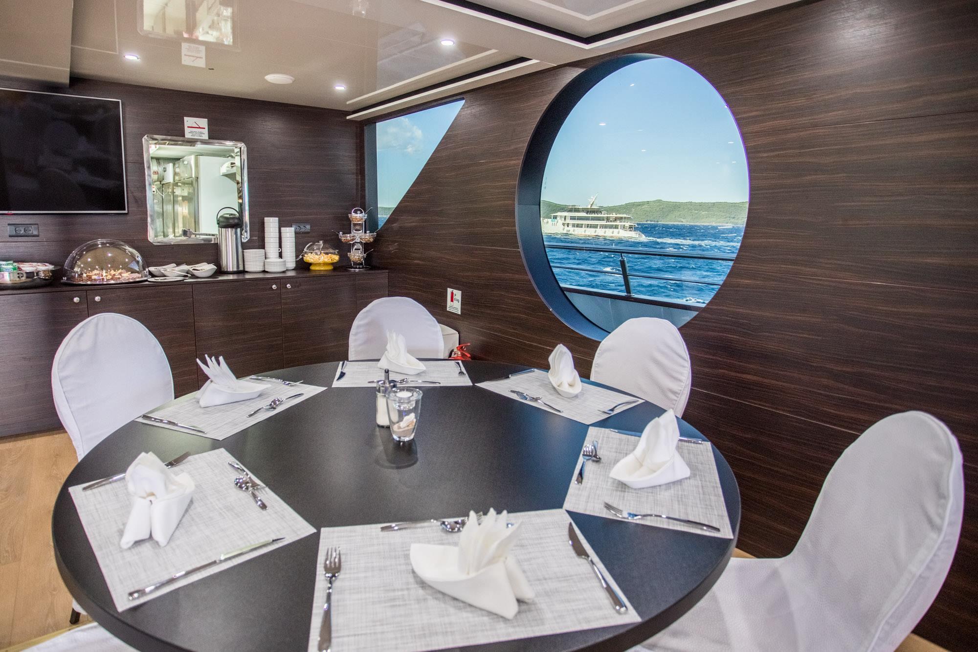 Supreme Split return cruise on Adriatic Queen 9